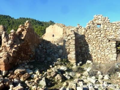 Alto Mijares -Castellón; Puente Reyes; montejo de la sierra pueblos cercanos a madrid  tejos ropa s